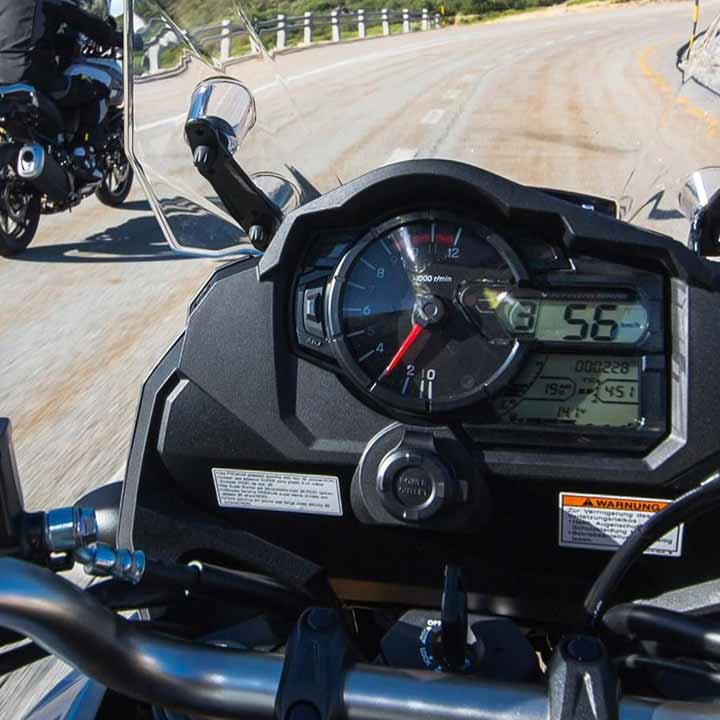 The easy to see and easy to operate/understand instrument cluster provides rich information to the rider. It incorporates a big analogue tachometer and large digital readouts for the gear position and speedometer.