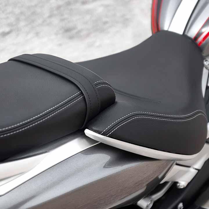 SEAT SET-UPS FOR TWO ROCKET MODELS